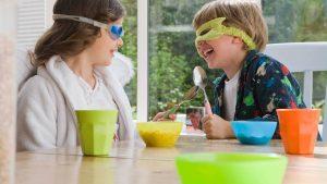 дети легче заставить что то делать в форме игры и это важный лайфхак