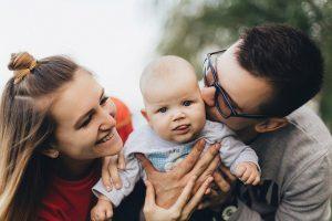 в семье роль мамы и роль отца равны