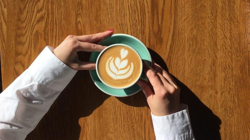 Можно ли кофе беременным женщинам — вредит ли кофе маме и будущему малышу?