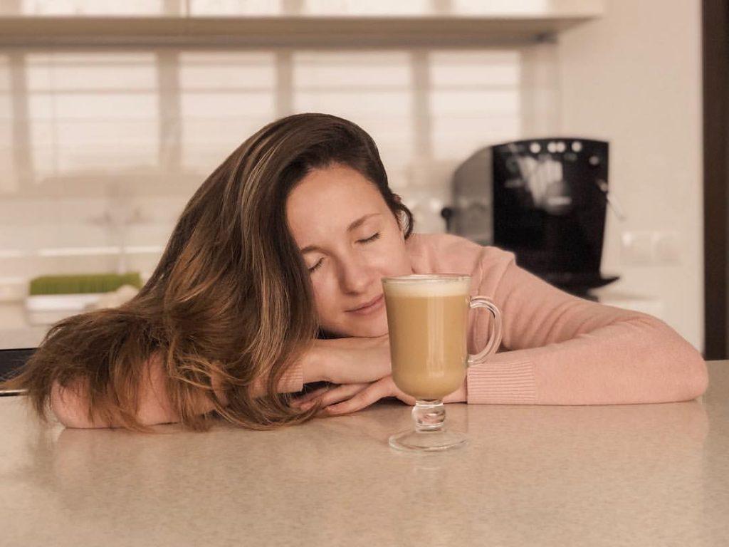 Можно ли кофе при грудном вскармливании — категоричный вред или возможно умеренное потребление