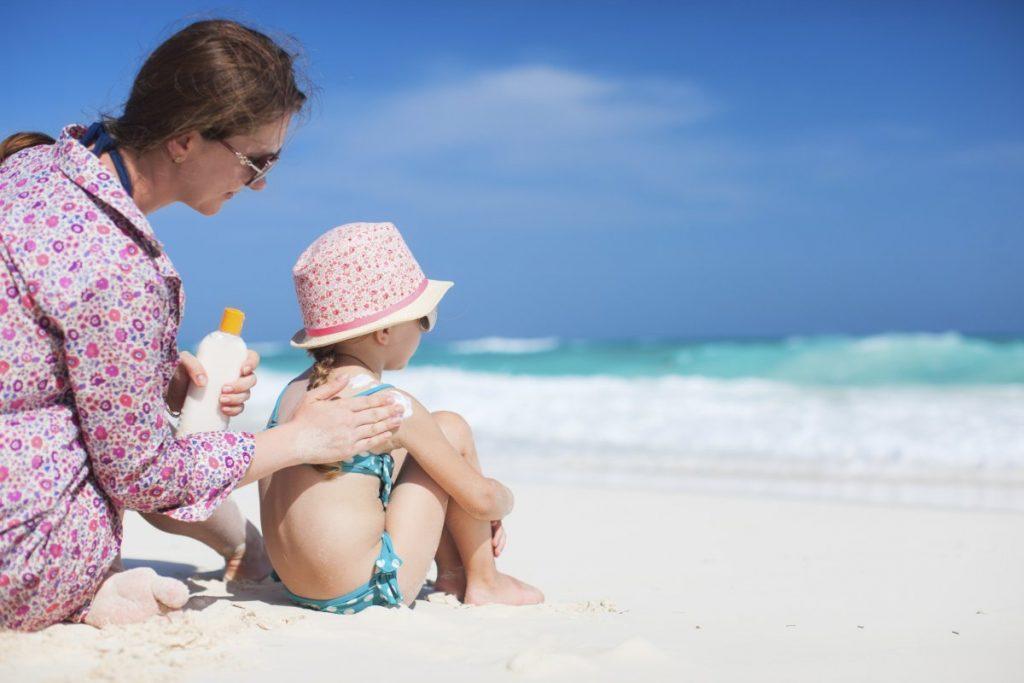 Сухая кожа у детей: причины сухости и как ухаживать