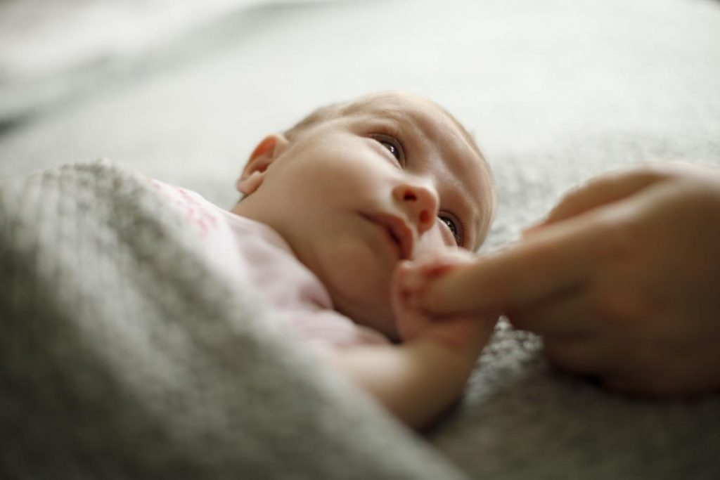 Что новорожденный чувствует в первые секунды своей жизни