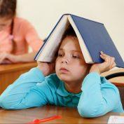 Что делать, когда ребенок не хочет учиться? 4 серьезных проблемы