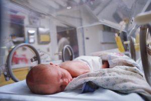 недоношенные дети - выживание