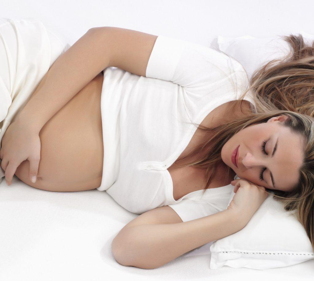 Здоровый сон во время беременности: 10 преимуществ