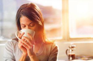 диета кормящей матери исключает потребление более 3х разных напитков в день