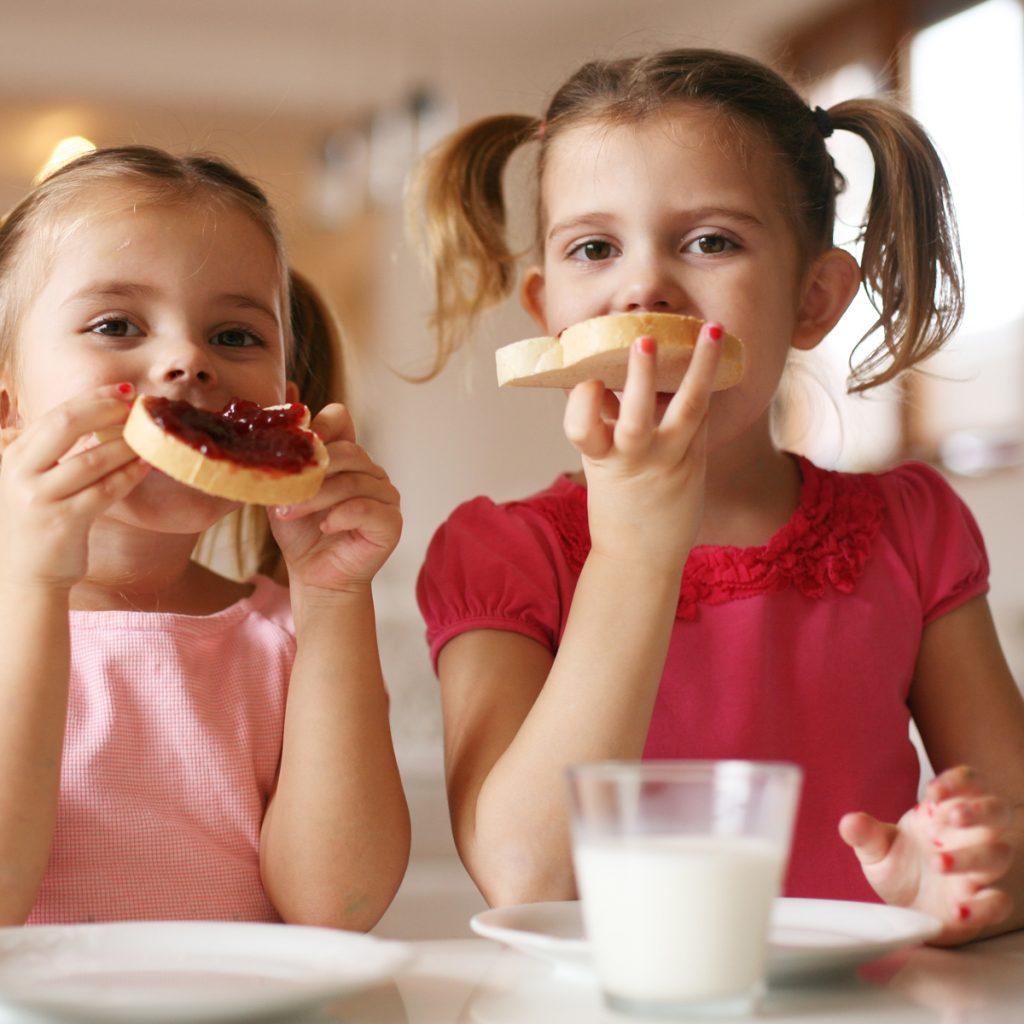 Как приготовить детский завтрак? 7 полезных советов для родителей
