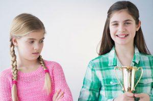 родители сравнивают детей со сверстниками