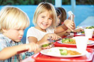 меню и правила питания ребенка после года