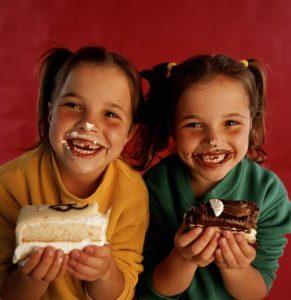 Воспитание первого и второго ребенка - 6 забавных отличий