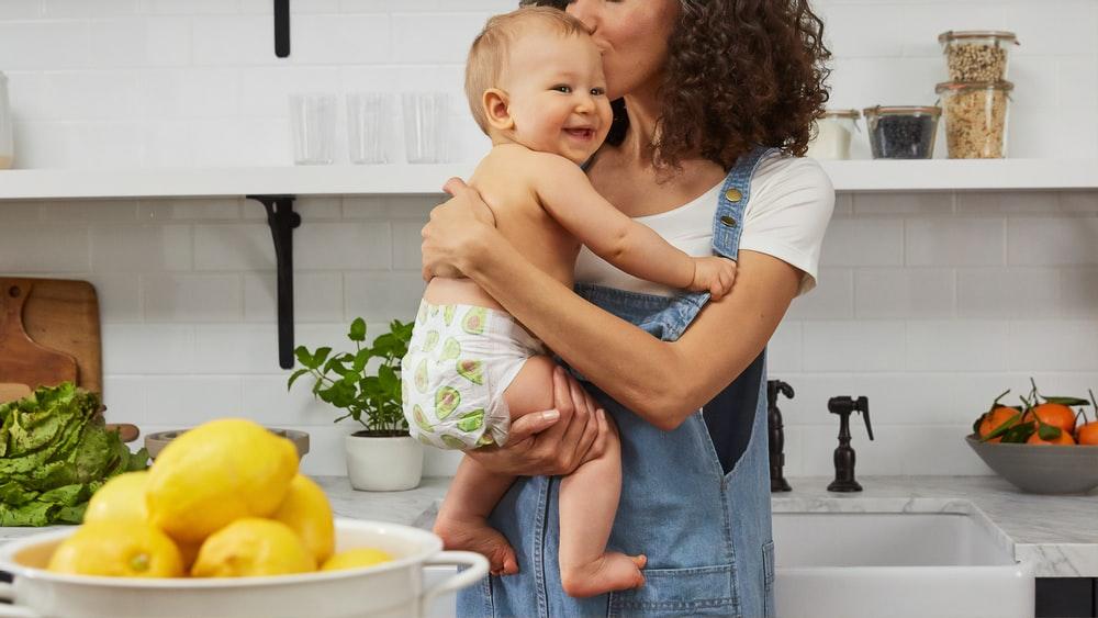 Как понять, что ребенок получает достаточно молока? —  5 признаков