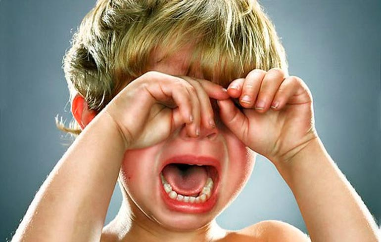 Как предотвратить истерику у ребенка?