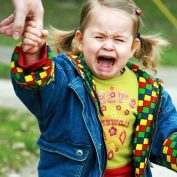 Истерика у ребенка — что делать?