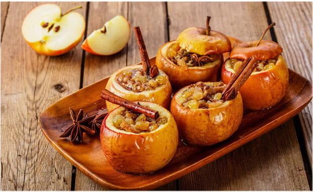 Запеченные яблоки для кормящей мамы — безопасный рецепт