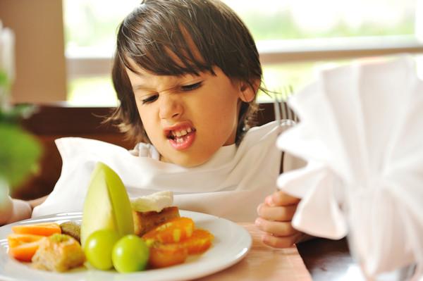 9 способов заставить ребенка есть овощи. Как выиграть сражение за столом? Очень просто!