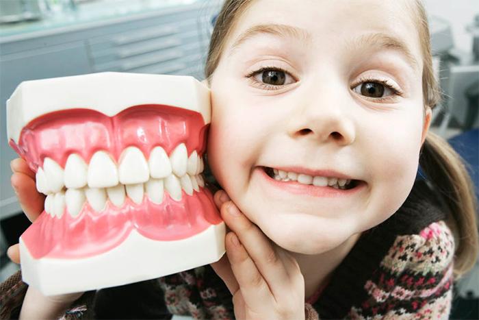 Ребенок боится стоматолога — 6 советов как изежать слез