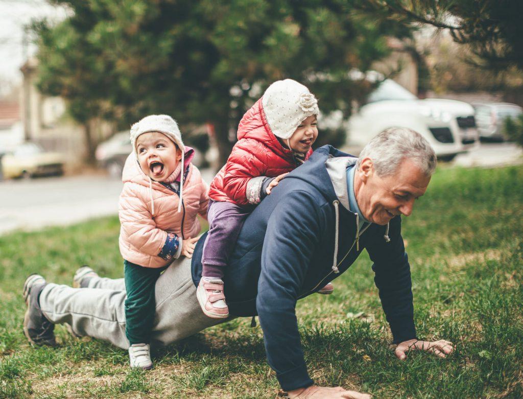 Позднее отцовство – когда уже поздно стать отцом?