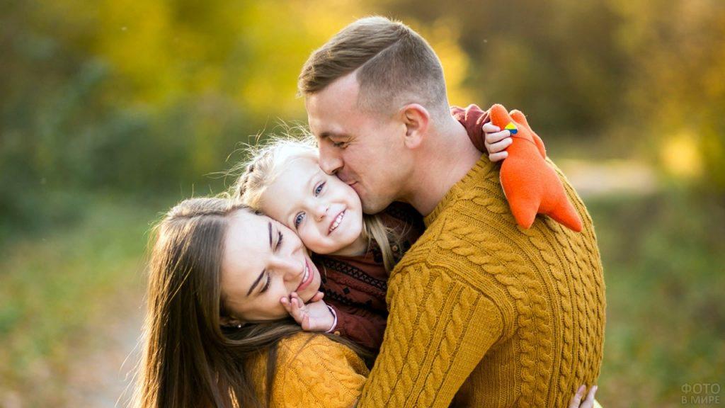 Почему родителям девочек повезло – 5+ плюсов дочерей