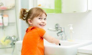 Как заставить ребенка мыть руки? – 7 забавных способов