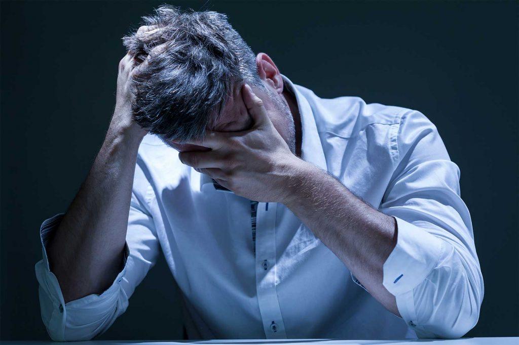 Послеродовая депрессия у отцов – серьезная проблема, которую игнорируют