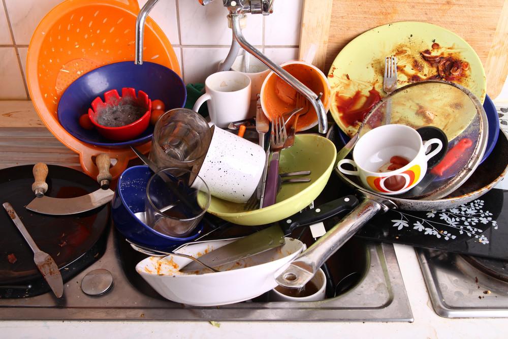 Как мыть меньше посуды? – 6 работающих способов
