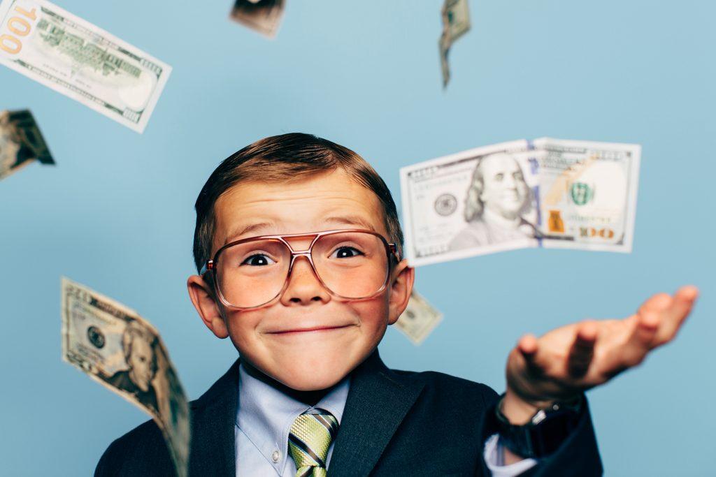 Нужны ли карманные деньги детям — школьникам и подросткам? Сколько и когда давать? ЗА и ПРОТИВ