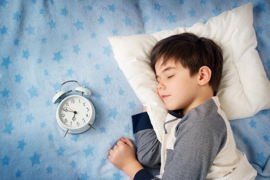 Так ли нужно ребенку спать днем? Обязательно ли ребенку спать, если он не хочет?