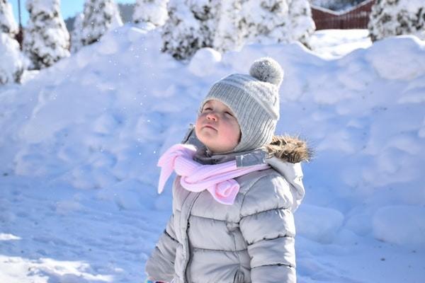 Почему детям не холодно, если мне холодно? Как понять, что ребенку не холодно на самом деле