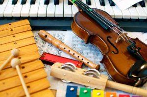Детские музыкальные инструменты - зачем ребенку музыкальная школа.