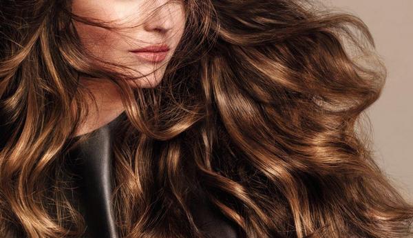 Витамины для волос после беременности сохранят и восстановят роскошные локоны