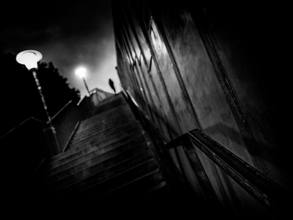 Почему дети боятся темноты? Причины у разных возрастов, которые должен знать каждый родитель