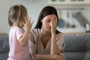 Мама устала, как отучить ребенка от истерик?