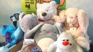 плюшевые игрушки - 8 советов родителям для адаптации ребенка в детском саду.
