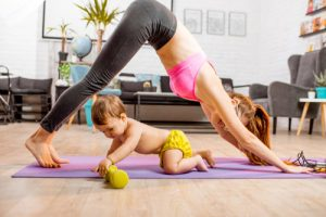 йога с ребенком - упражнения после родов.